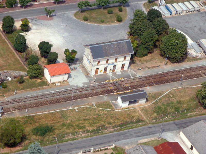 VH en gare de Gardonne 24 5233